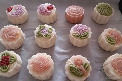 中秋月饼DIY活动 听种植博士种牙讲座
